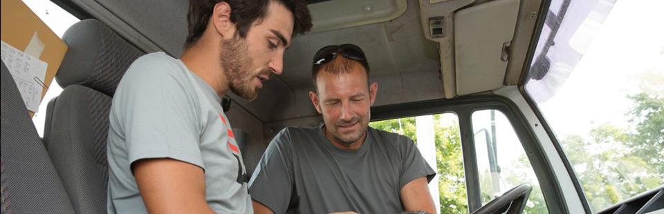 Spediteur / Berufskraftfahrer mit Arbeitskleidung