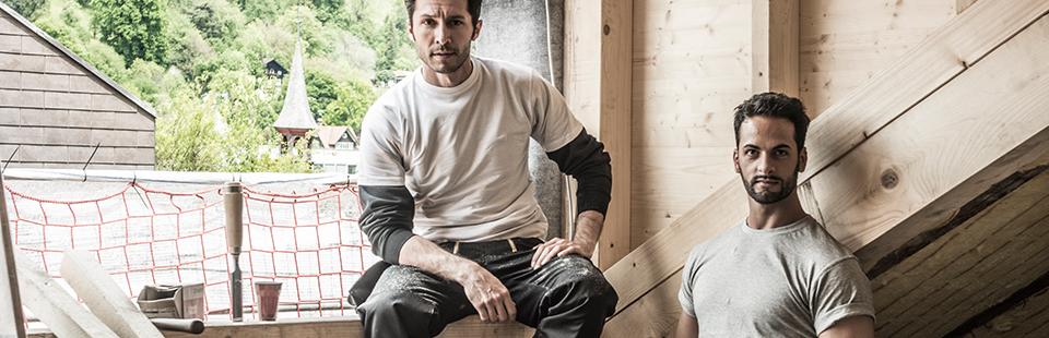 Zimmermann mit Arbeitskleidung