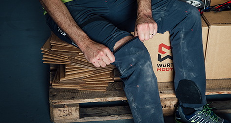 Bequem und Modern Arbeitskleidung für Kurierdienst: Zipp-Hosen und Funktions-Shirts