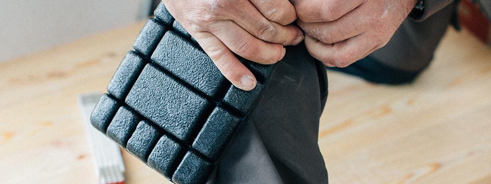 Bundhose mit integriertem Knieschutz