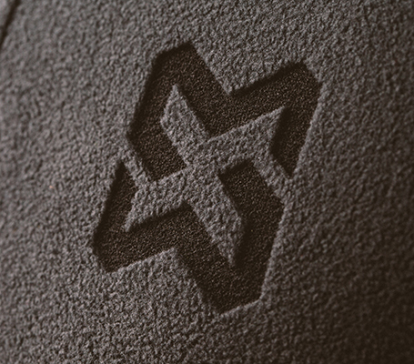 Grabado láser en ropa de trabajo nuevo estilo moderno de marcación láser es indestructible y duradero
